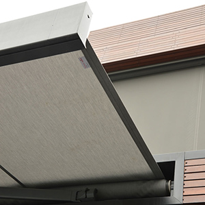 IKN 2000 Retractable Awning