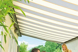 Opal II folding arm awning